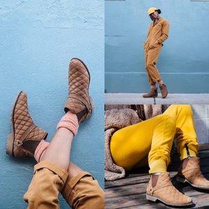 Teva De La Vina Dos Waterproof Chelsea Boots